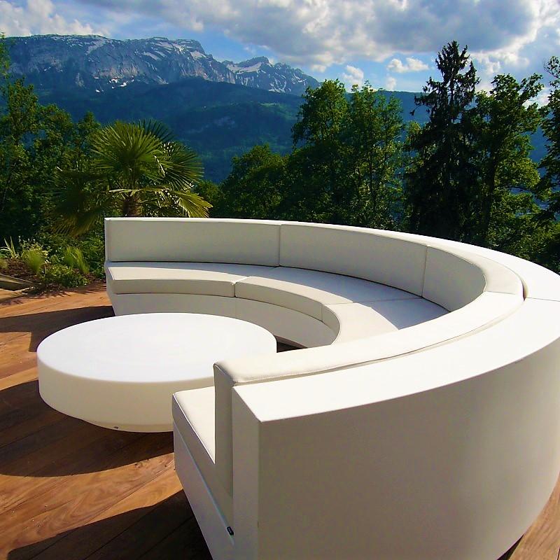 White Silvertex sofa curve Vela Vondom set with coffee table ...